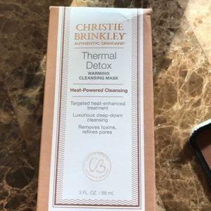 Christie Brinkley thermal detox mask